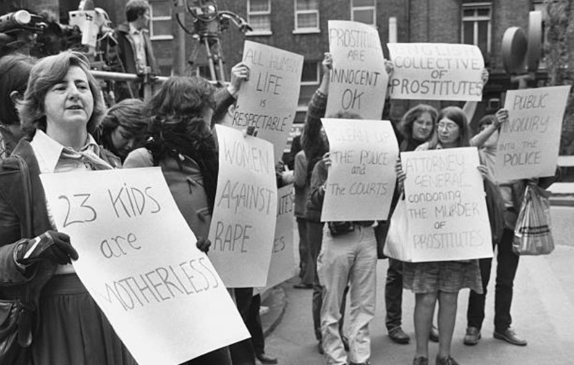 Maureen leading protests at Old Bailey Jack the Ripper case, 1981. Credit Getty Images